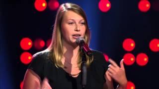 Dana Del Favero Zingt alone | Blind Audition | The Voice Van Vlaanderen | Vtm