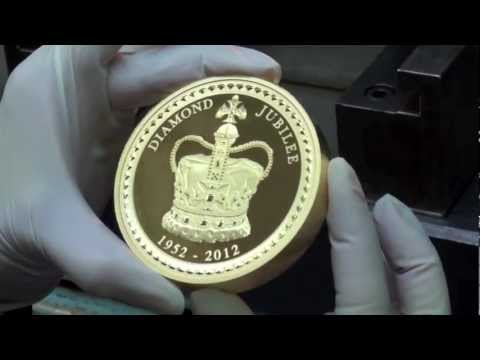 Perth Mint Unveils The Largest Coin Ever Worldnews Com