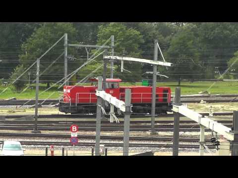 Heute DB MaK BR 264, Gestern Siemens Eurosprinter ES64F4 , Rgb Kijfhoek, 5-7-2013 part 1 of 2
