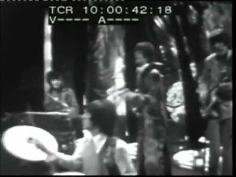 Pink Floyd - Syd Barrett - See Emily Play - Live Top of the Pops 1967 (rare)