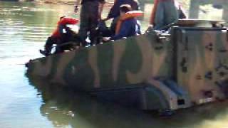 Exército Brasileiro - M113 amphibious swimming -  panzer apc