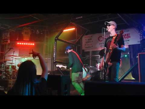 Mudd -  Dammit (Blink 182 cover) Live @ Overtime Sports Bar