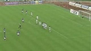 2004年10月31日 J1 サンフレッチェ広島vsFC東京 FKおよびCKの2プレー.