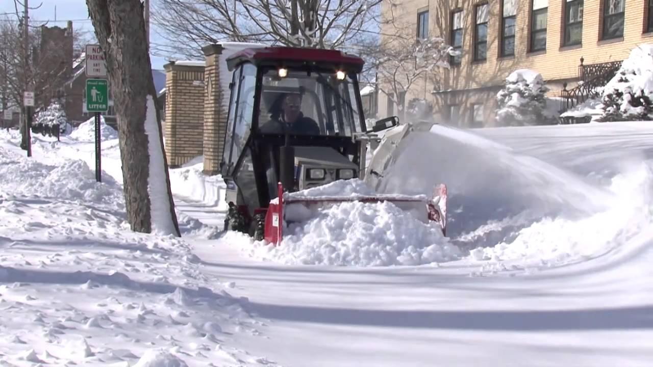 Ventrac Ful Sidewalk Snow Er