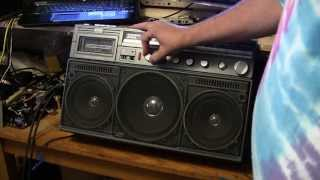 Line in on the Philips D8444 aka Magnavox D8443 5 speaker boombox revisited