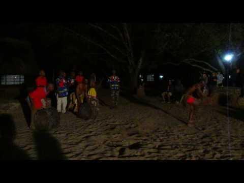 MVI 3068   Dansvoorstelling Mlilwane NR