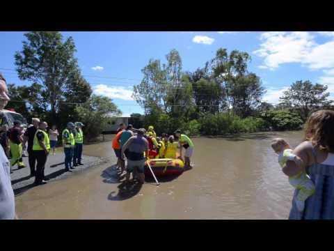Cyclone Debbie QLD Australia Logan Albert River Flooding Beenleigh Eagleby 31-03-2017