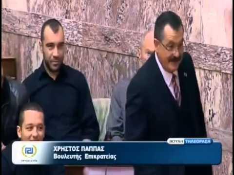 Βίντεο: Δείτε την υπνοκολοτούμπα του υπουργού Τσαυτάρη στη Βουλή