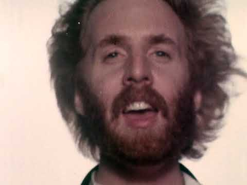 "Andrew Gold - ""Thank You For Being A Friend"" [Official Music Video]"