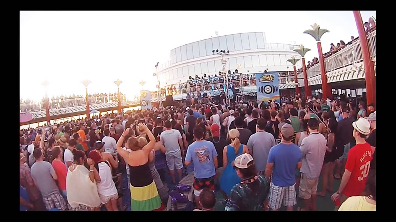 Dirty heads cabin by the sea live 311 cruise youtube for Cabin by the sea