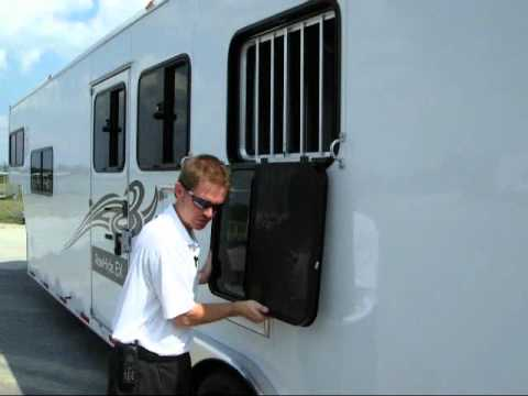 Drop down Feed windows on Horse Trailer