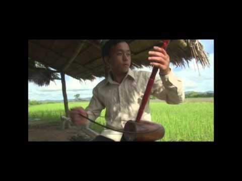 Nraug Nus Yaj  Hmong Nkauj Nog Ncas 2016 thumbnail