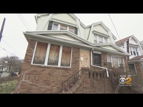Brooklyn Neighbors Frustrated By City Inaction Over Abandoned House