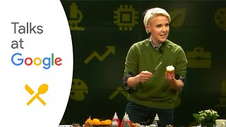 "Hannah Hart: ""My Drunk Kitchen Holidays!"" 