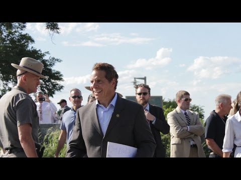 Tappan Zee Bridge crane accident with Governor Andrew Cuomo