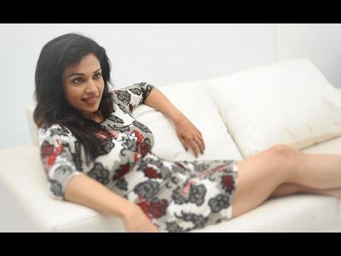 Kannada Actress Mayuri Stillls Photos Family