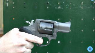 Video Taurus M445 44 Special .44 SPL revolver shooting first time at the range NOT Magnum download MP3, 3GP, MP4, WEBM, AVI, FLV Juni 2018