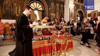 В Афины привезли мощи святой равноапостольной царицы Елены