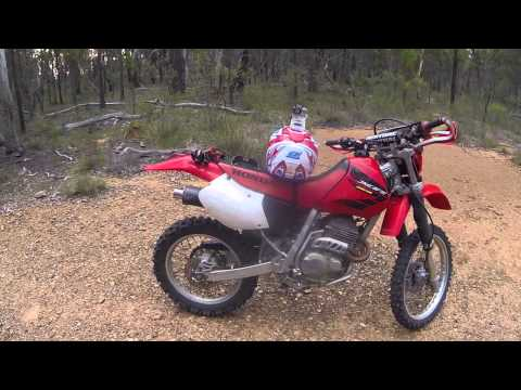 Honda XR250R 2004 Dirt Bike