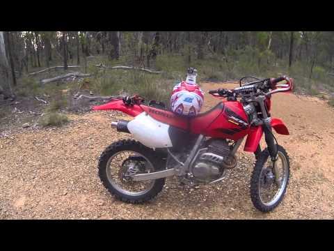 Honda XR250R 2004 Dirt Bike