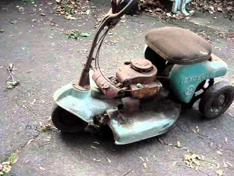 1950 S Excello 3 Wheel Riding Lawn Mower Youtube