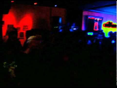 """MALUCA """"El Tigeraso"""" live in the crowd at PUMA Social Club in LA"""