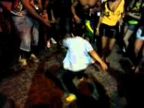 mandinho dançando - CARNAVAL JAGUARAO 2014