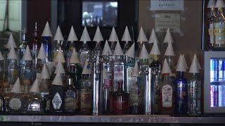 Florida immediately suspends alcohol sales at bars