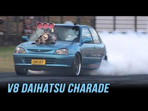 WILD V8 Daihatsu Charade burnout ~ SMURF