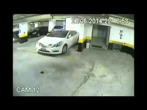Cách người Tây xử lý xe đỗ sai làn :)) Như phim hành động