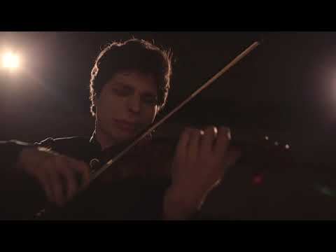 augustin-hadelich-plays-paganini-caprice-no.-21