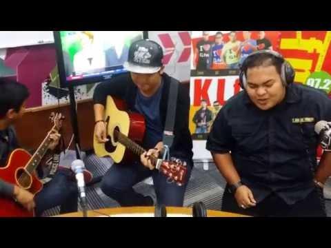 Cik Ainun - S. Jibeng (Cover by Salaka Buskers) | Jom Jam Akustik | 17 Ogos 2016