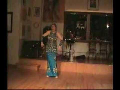 Oriental Dancer Morocco in Bahlam Beek & Drum solo