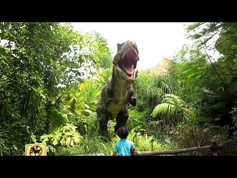 T-REX BIKIN ANAK KECIL MERENGEK   Ara & Petualangan Dinosaurus TMII