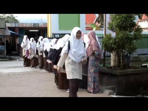 Sehari di Pondok Pesantren Sumatera Thawalib Parabek