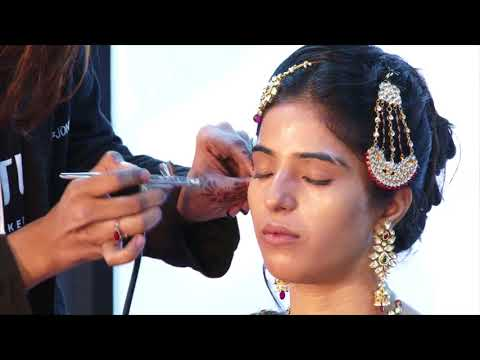 Raunak Khandelwal (Temptu Makeup) Teaches Air Brush Make-up #professionalbeauty
