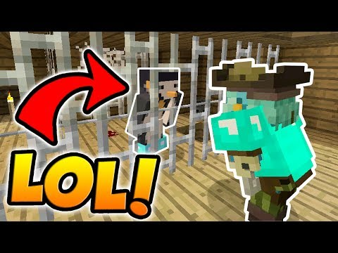 IRON BAR TROLL IN MINECRAFT HIDE AND SEEK! (Pirates of the Caribbean 5 Themed)