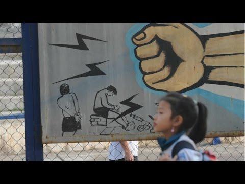 Học sinh và chuyên gia bàn về bạo lực học đường