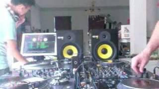 DJ Cotts & DJ Ravine - Back 2 Back