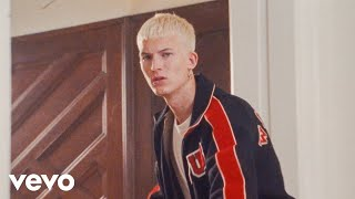 Gus Dapperton - World Class Cinema