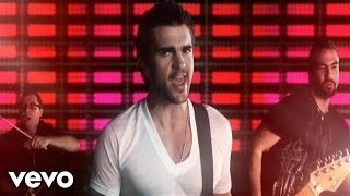 Watch Juanes Me Enamora video