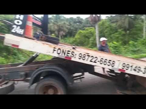 Situação na curva do tubo de carro em Tracuateua