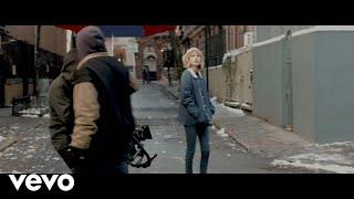 Grace VanderWaal - City Song (Behind the Scenes)
