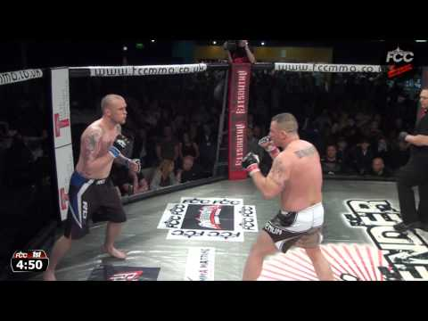 Full Contact Contender 15   Sean Martin Vs Martin Bocian