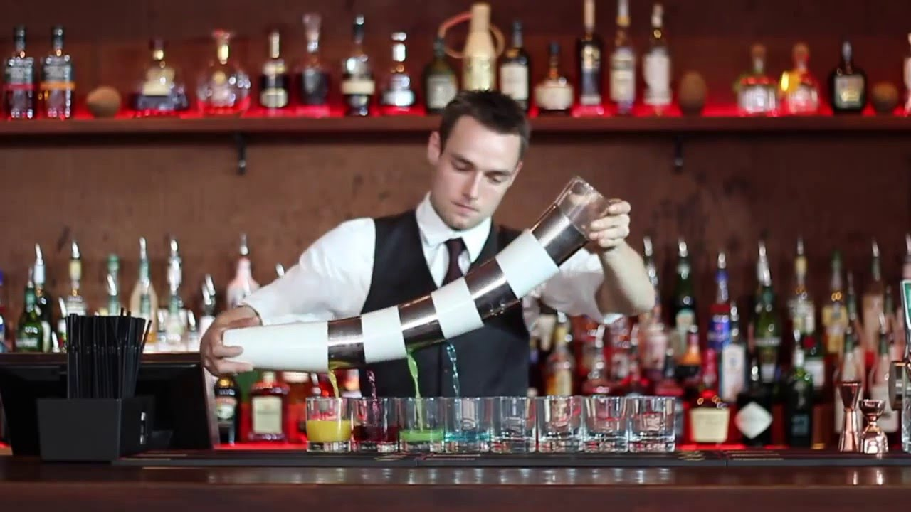 Danish Flair Bartender shows his set of Skills! - YouTube