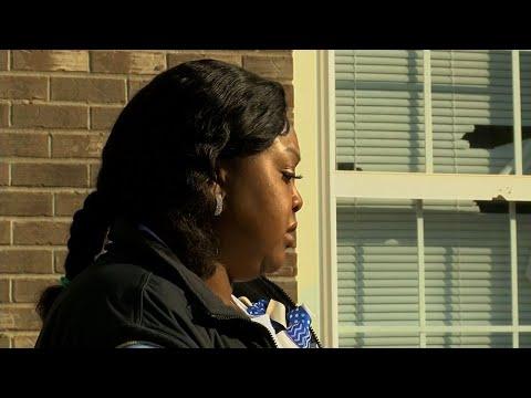 Տեսանյութ.ԱՄՆ-ում ոստիկանությունը կրակահերթով սպանել է «կորոնավիրուսային» հիվանդանոցում որպես կամավոր աշխատող կնոջը