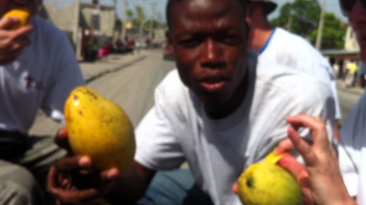 How To Eat A Mango Haitian Style! Ccm Mission Trip 2012