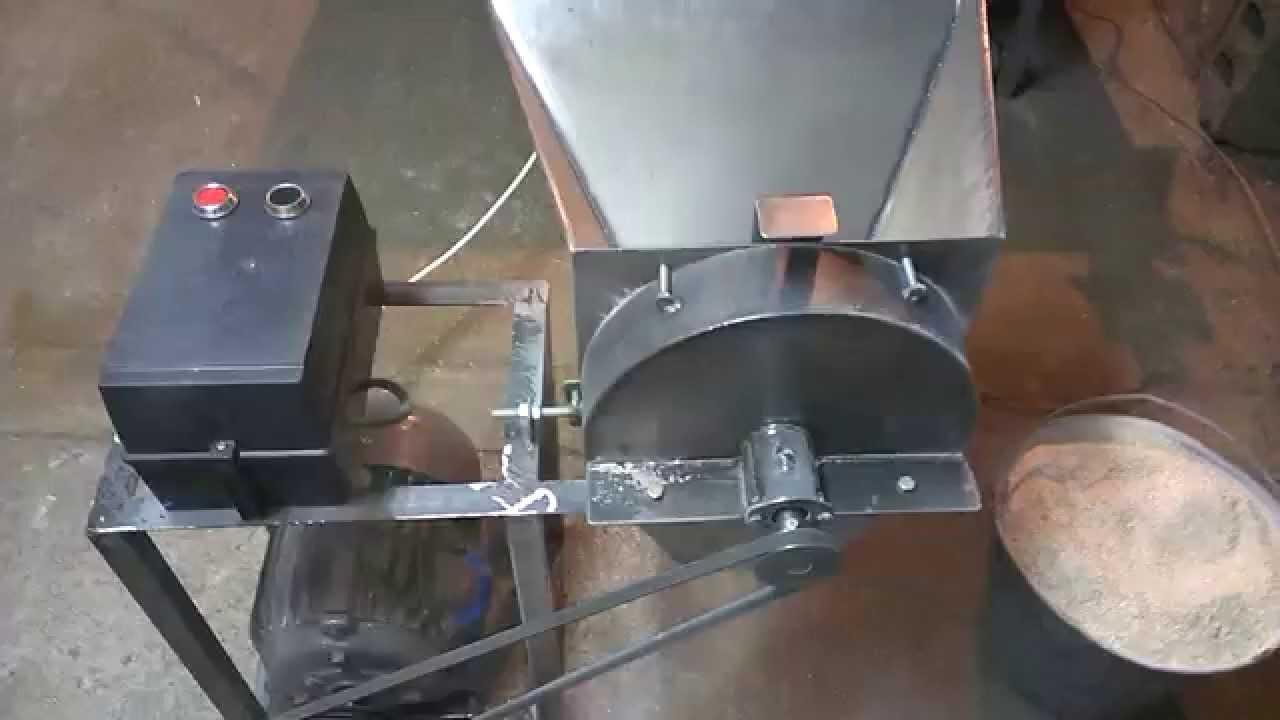 Дробилка зерна своими руками видео