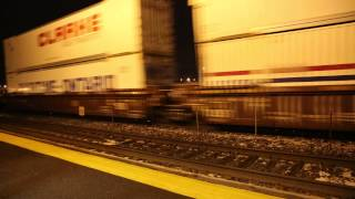 FAST DOUBLE STACK CONTAINER TRAIN ST-BRUNO QUEBEC. CANADA HQ