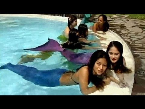 Mermaid swimming school opens in Manila